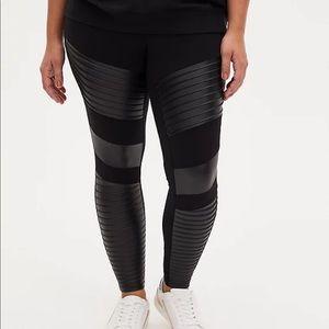 Nwt Torrid size 3 Black Moto faux leather leggings